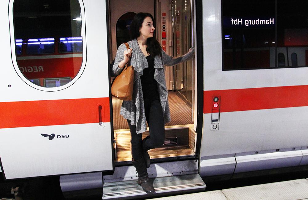 Luiseliebt_Bahnfahren2