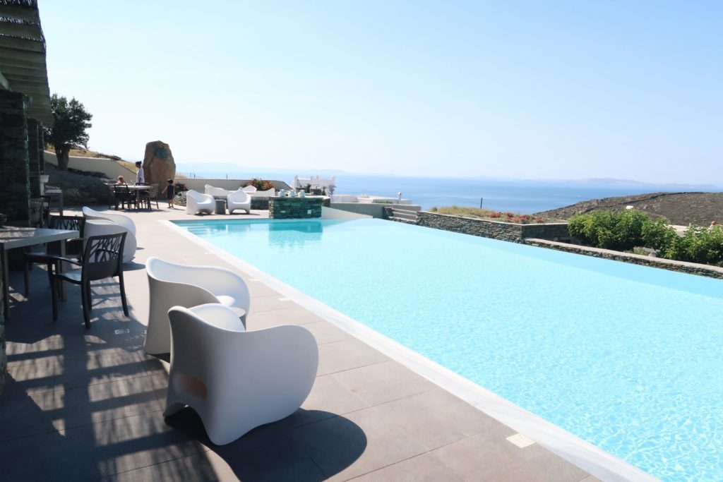Travel: Diles & Rinies, Tinos